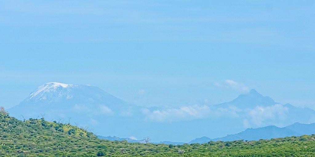 Kilimanjaro und Mount Meru