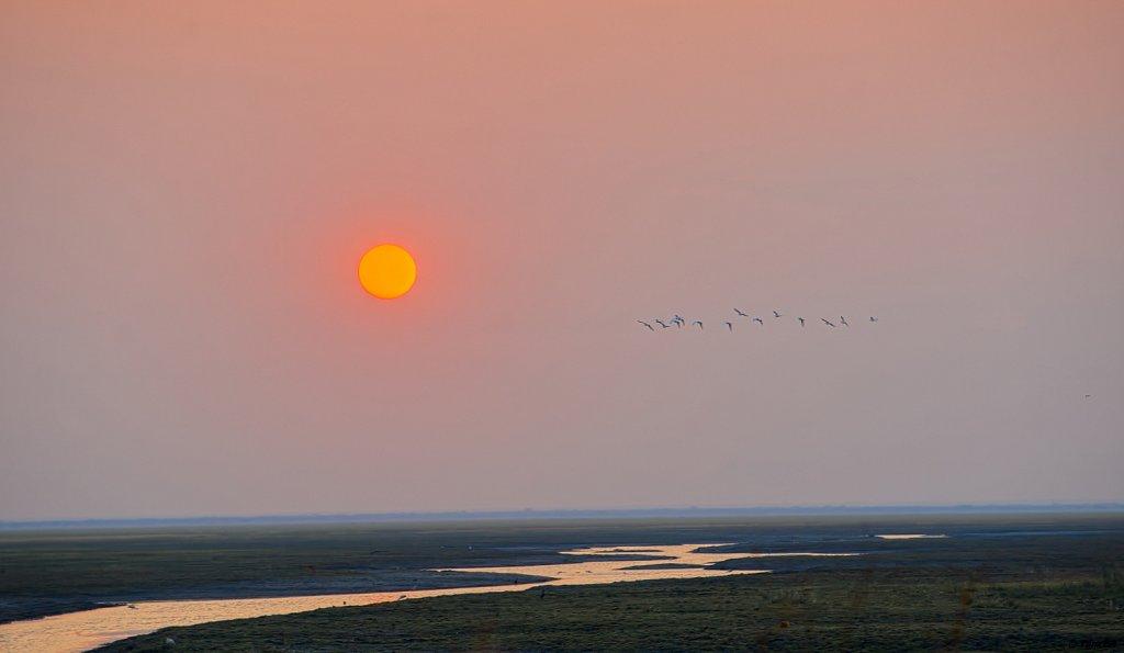 Sonnenuntergang über dem Katuma Fluss in der Katisunga Ebene